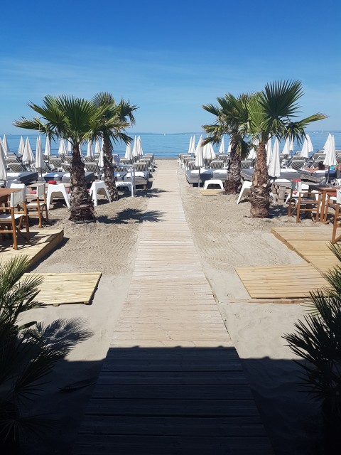 marina-beach-2-2046