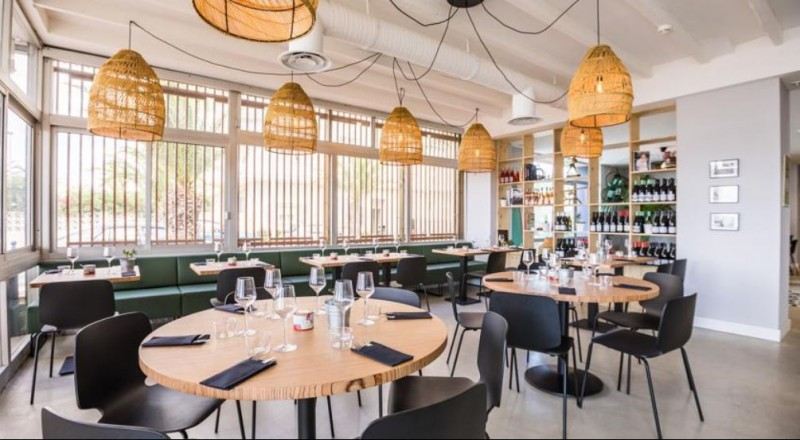 le-cafe-miramar-restaurant-1693
