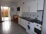 appartement-4personnes-rez-de-chaussee-cuisine-trevier-lets-grau-du-roi-4561