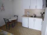 studio-2-personnes-cuisine-senappetrevier-letsgrauduroi-4939