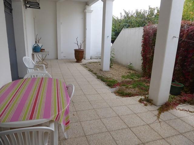 appartement-4personnes-rez-de-chaussee-terrasse-trevier-lets-grau-du-roi-4563