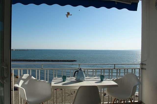 appartement-centre-ville-vue-mer-chardon-rey-640x480-3555