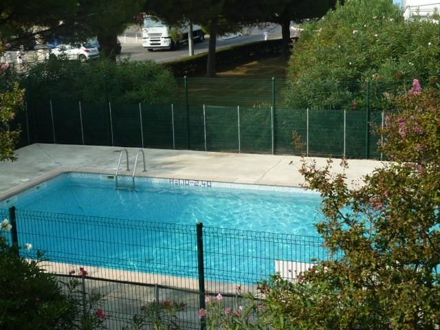 studio-4-pers-piscine-les-floralies-roux-d-1054