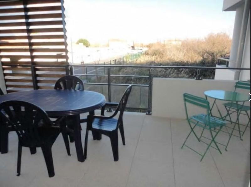 appartement-3-pieces-4-personnes-canape-vue-espaces-verts-chagos-letsgrau-duroi-5010