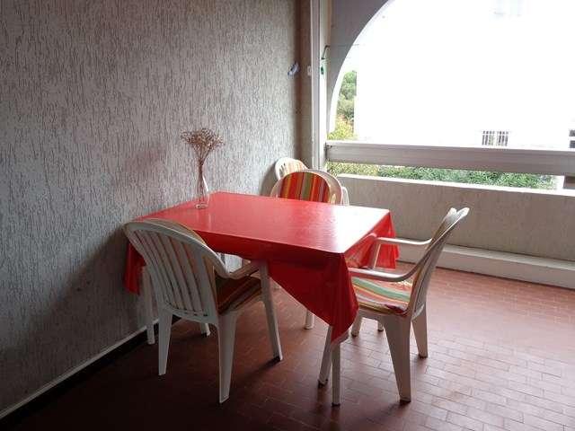 appartement-4-personnes-piscine-rive-gauche-le-grau-du-roi-lenoir-640x480-2-3240