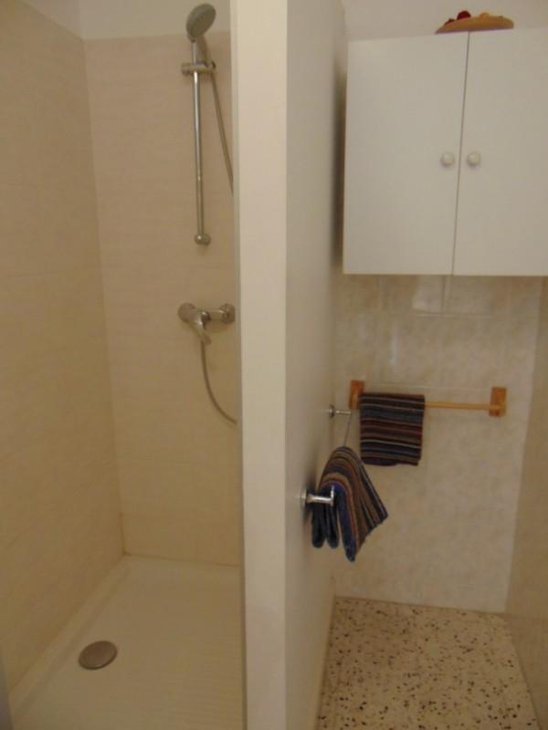 appartement-4-personnes-quartier-boucanet-salle-de-bains-6125