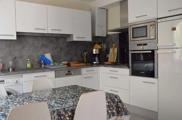 appartement-rez-de-chaussee-cour-rive-gauche-guiot-le-grau-du-roi-cuisine-640x480-5-3878