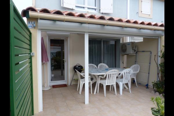 appartement-terrasse-villa-residence-bastide-oliviers-sonnet-lets-grau-du-roi-2-4466