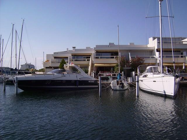 marina duplex 4 personnes vue port appontement p 15 le. Black Bedroom Furniture Sets. Home Design Ideas
