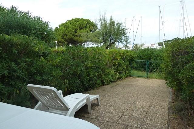 le-grau-du-roi-studo-2-cabines-jardin-terrasse-panafieu-6-640x480-1935